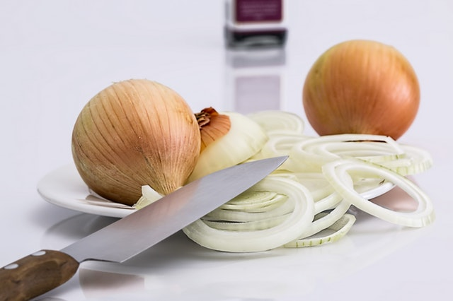 Why You Need To Buy Onion Juice For Beard Growth